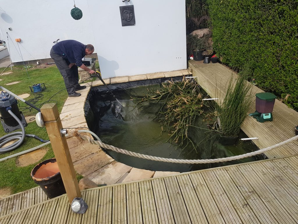 koi-and-pond-supplies-pond-cleaning-4